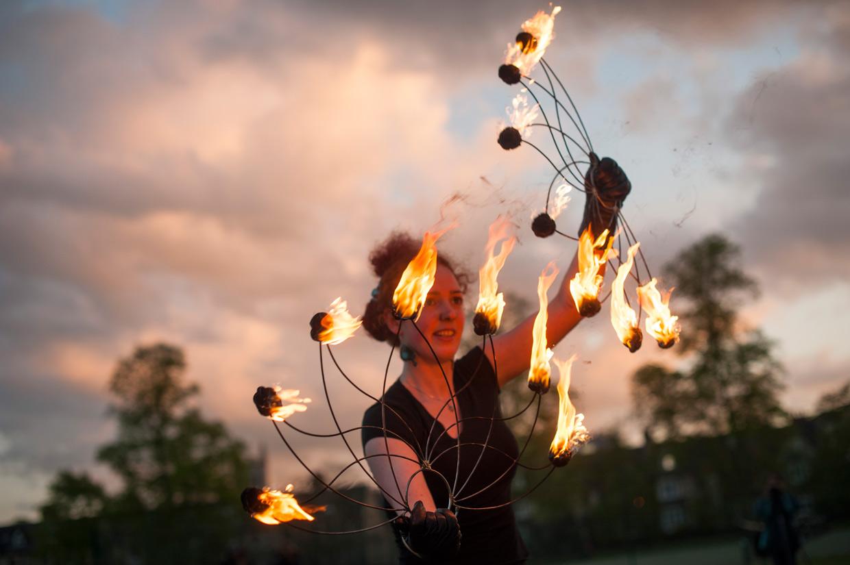 hjorthmedh-fire-anya