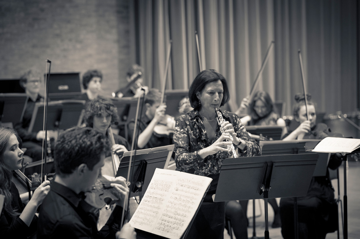 Melanie Ragge playing in West Road Concert Hall, Cambridge