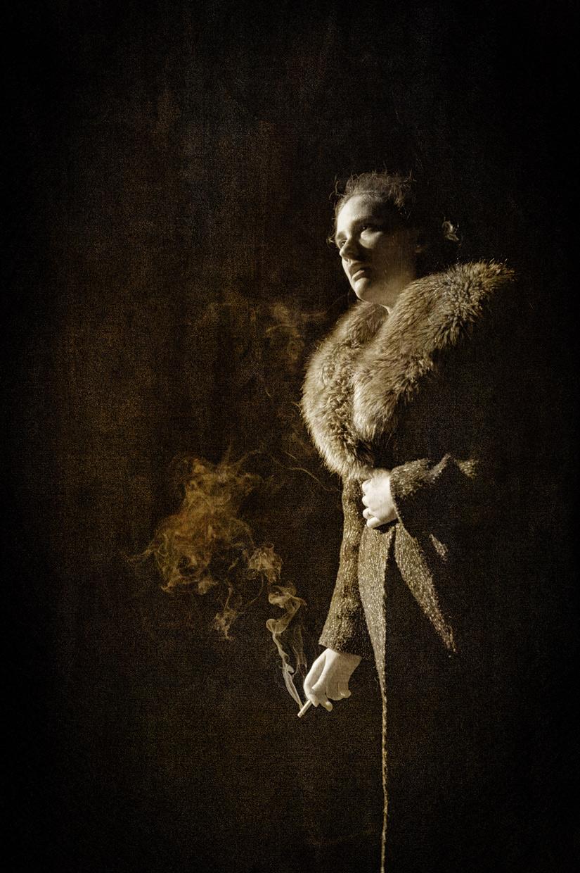 hjorthmedh-her-naked-skin-smoking-end