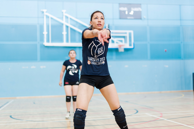 hjorthmedh-volleyball-practice-ana