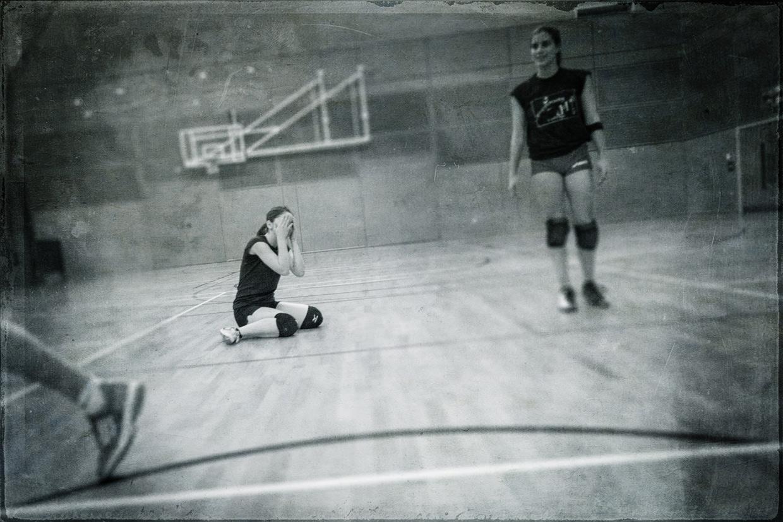 hjorthmedh-volleyball-practice-noooo