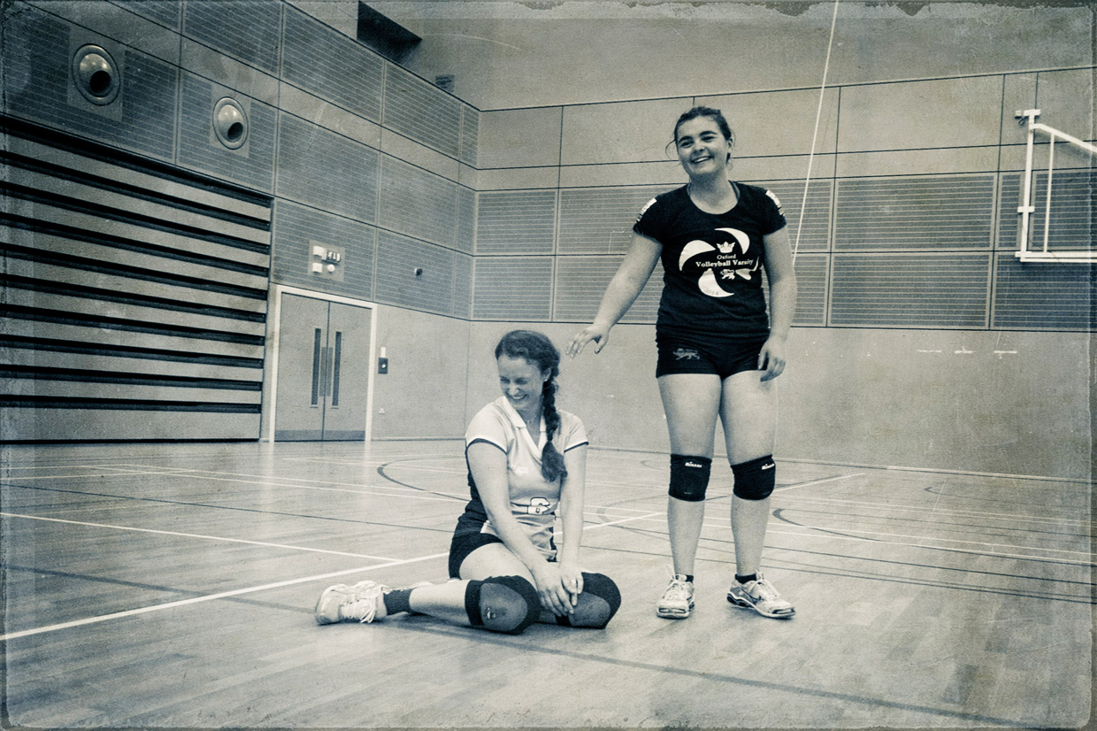 hjorthmedh-volleyball-practice-oops-missed