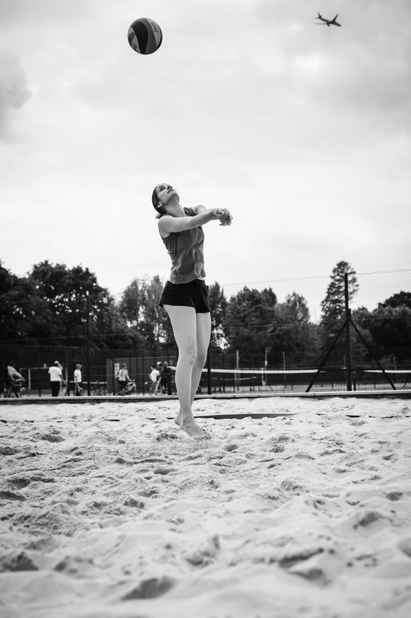 hjorthmedh-beachvolleyball-froso-airplane