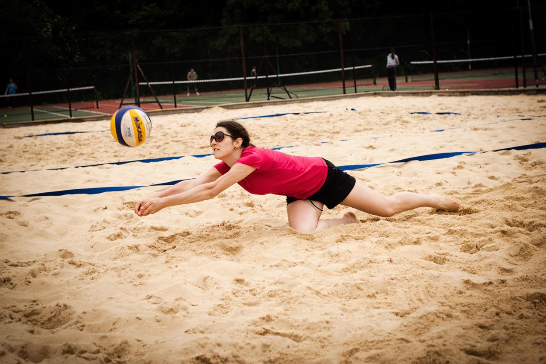 hjorthmedh-beachvolleyball-xenia-dives