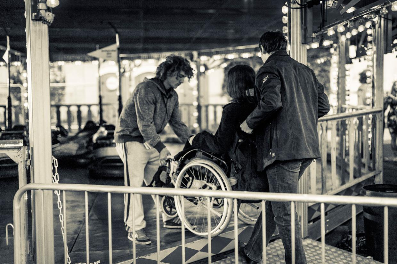hjorthmedh-kings-affair-bump-cars-wheel-chair