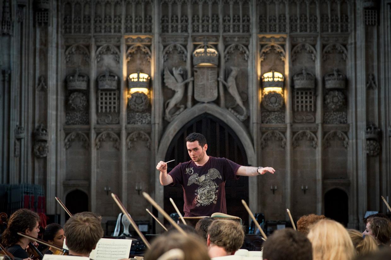 hjorthmedh-may-week-concert-harry-potter