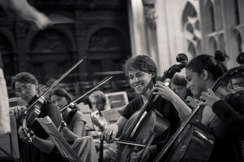 hjorthmedh-may-week-concert-smile
