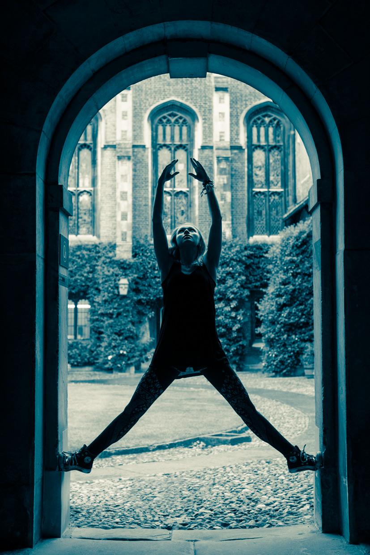 hjorthmedh-urban-ballet-archway-arrow