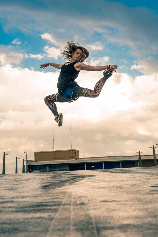 hjorthmedh-urban-ballet-joanna-jump-skills