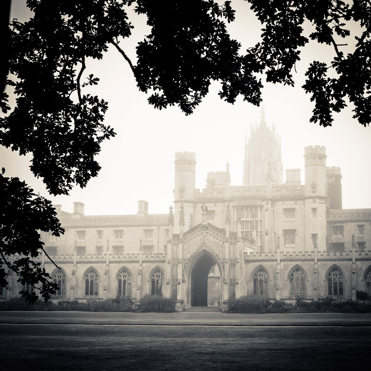 morning-mist-st-johns-college