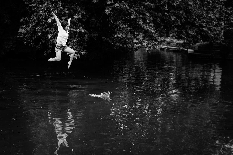 hjorthmedh-levitation-workshop-water-hunting-duck