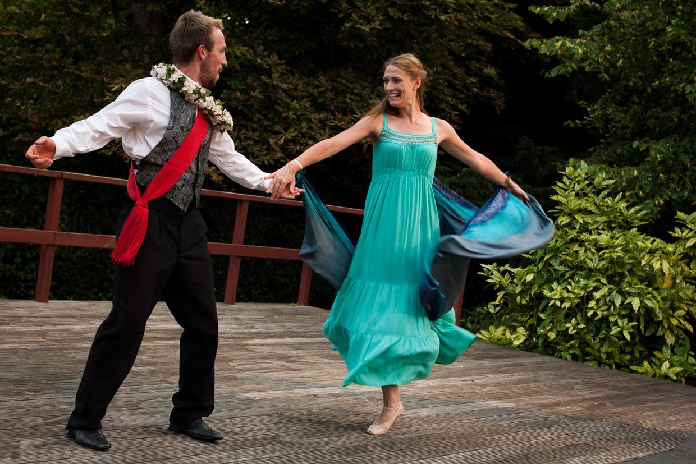 hjorthmedh-pericles-dancing