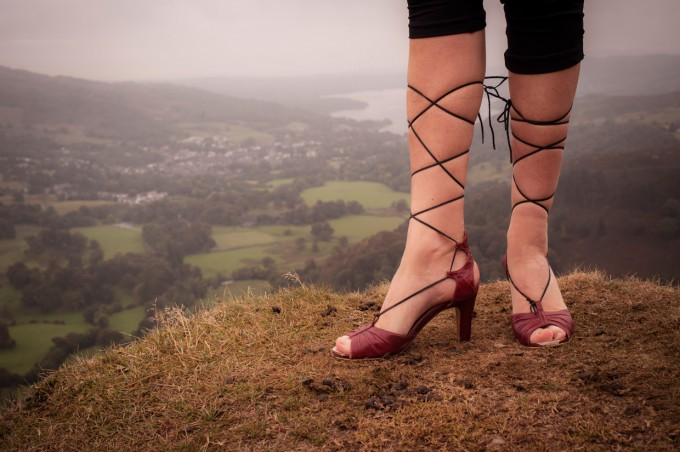 hjorthmedh-lake-district-high-heels