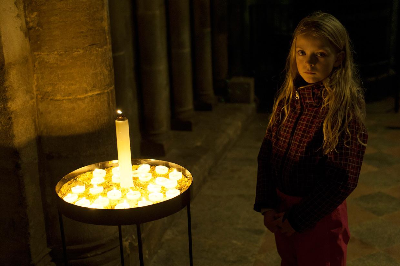 hjorthmedh-cambridge-family-ely-candles