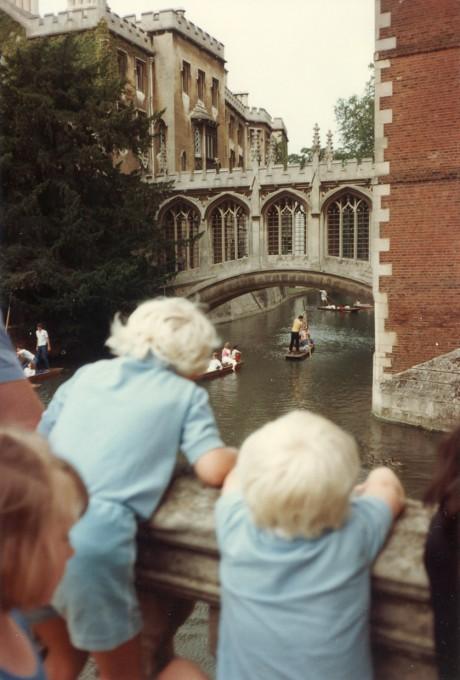 hjorthmedh-cambridge-family-fun-1984