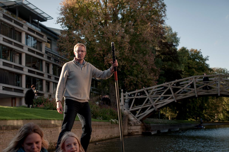 hjorthmedh-cambridge-family-fun-jonathan-punting