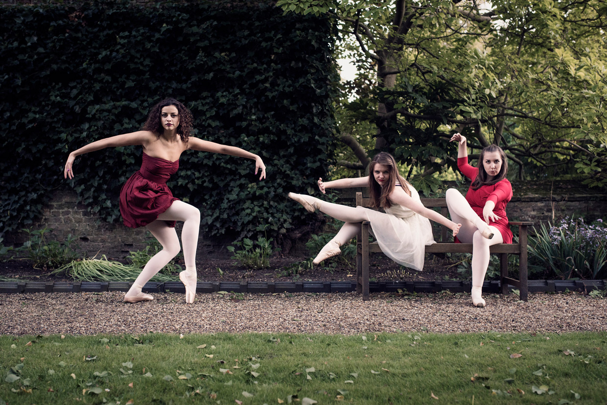 hjorthmedh-on-with-the-ballet-bench-leora-naomi-philippa