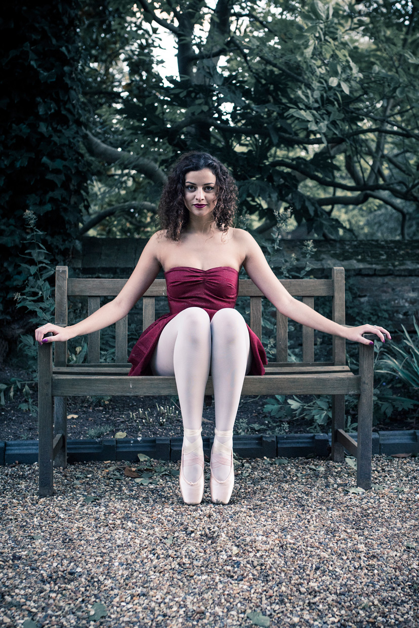 hjorthmedh-on-with-the-ballet-bench-leora