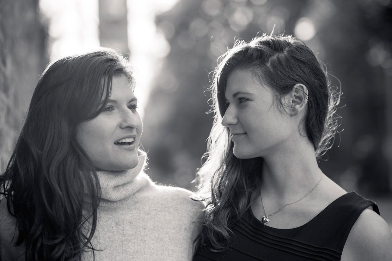 hjorthmedh-twins-look