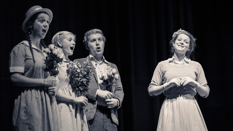 hjorthmedh-albert-herring-choir