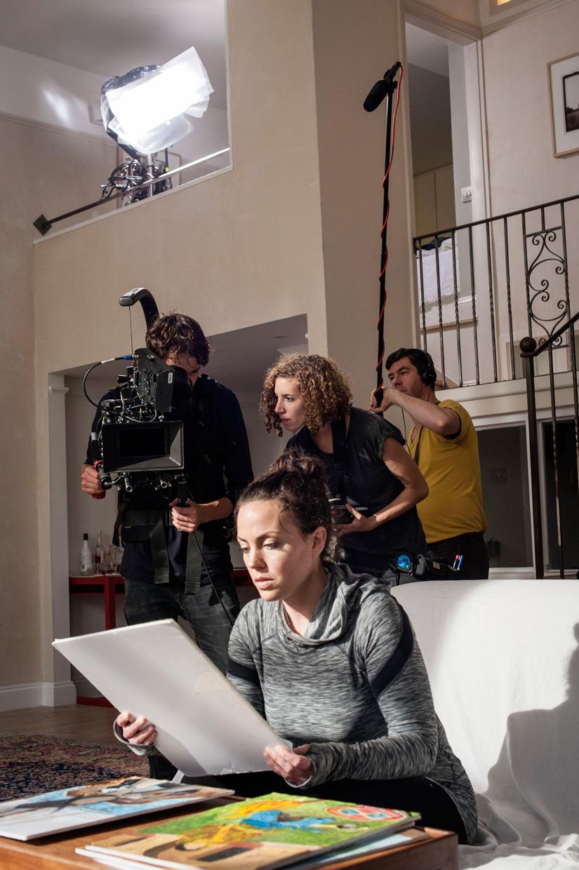 hjorthmedh-faceless-paintings-camera-rehearsal