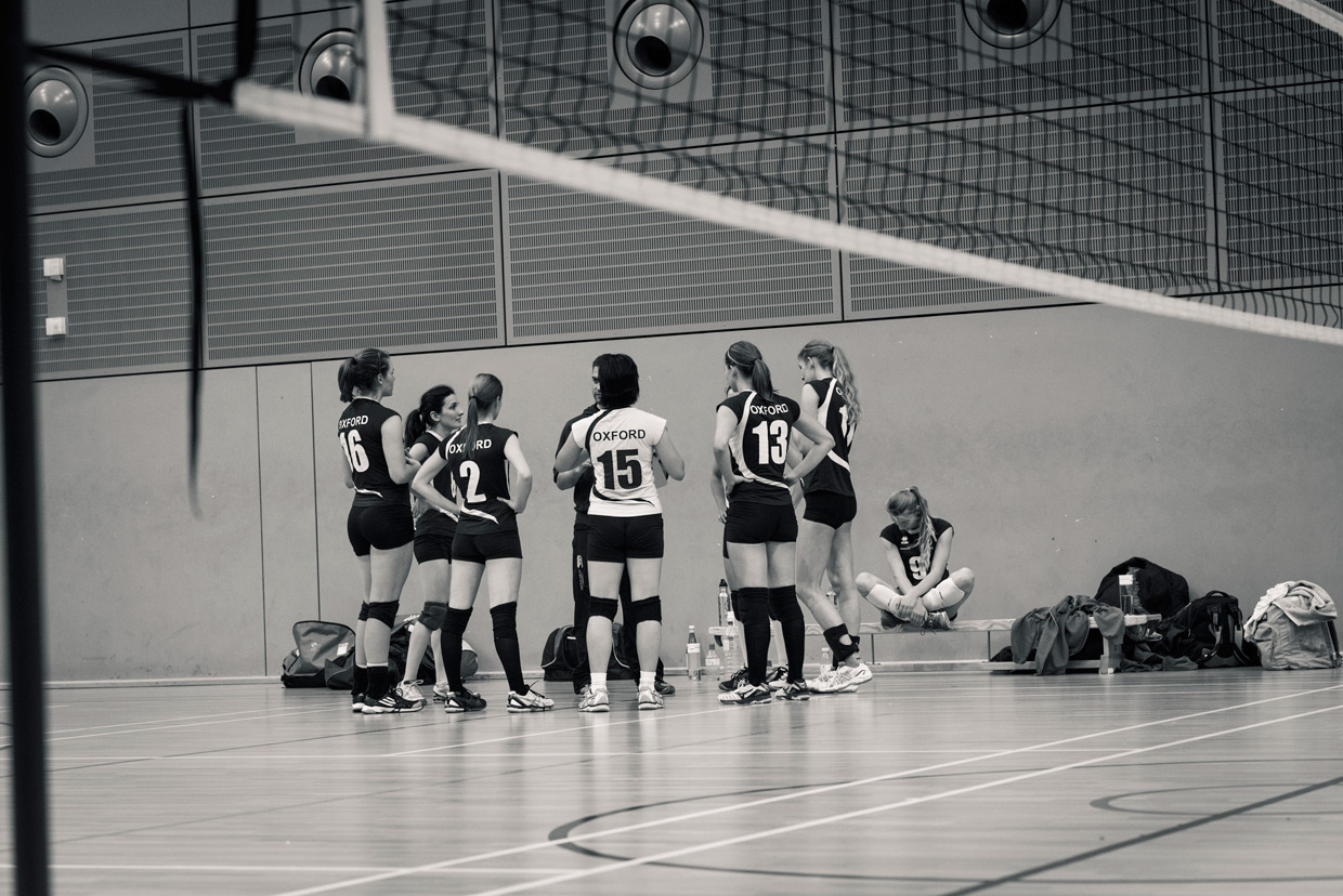 hjorthmedh-volleyball-oxford-time-out
