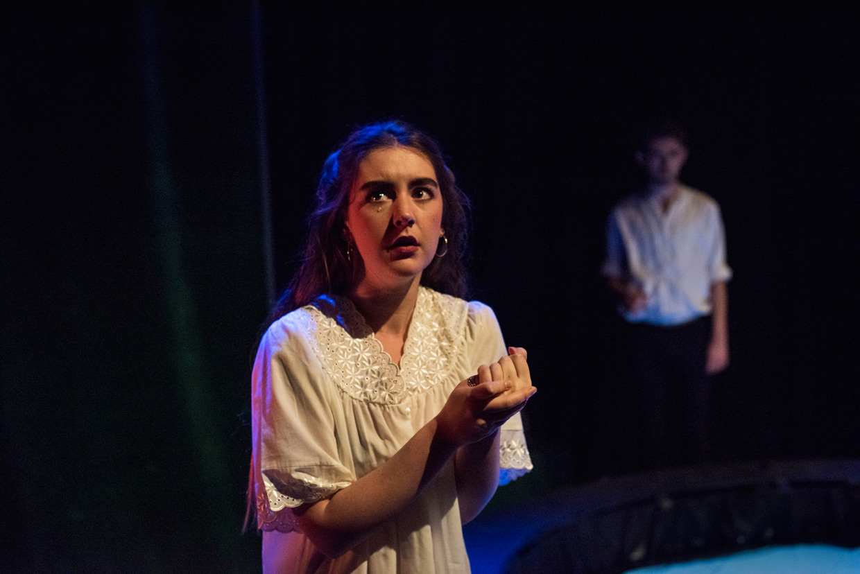 hjorthmedh-macbeth-lady-macbeth-crying