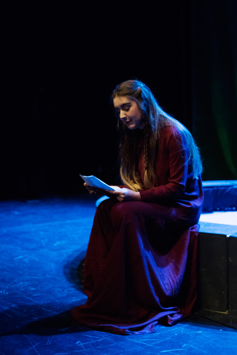 hjorthmedh-macbeth-lady-macbeth-reading