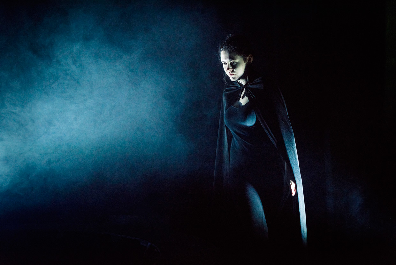 hjorthmedh-macbeth-witch-kate-reid-2