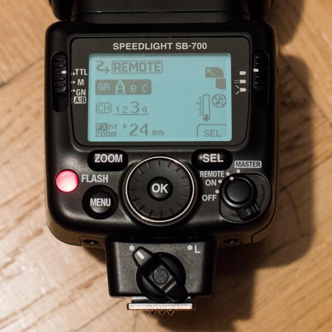 hjorthmedh-nikon-off-camera-flash-sb-700-flash-setup