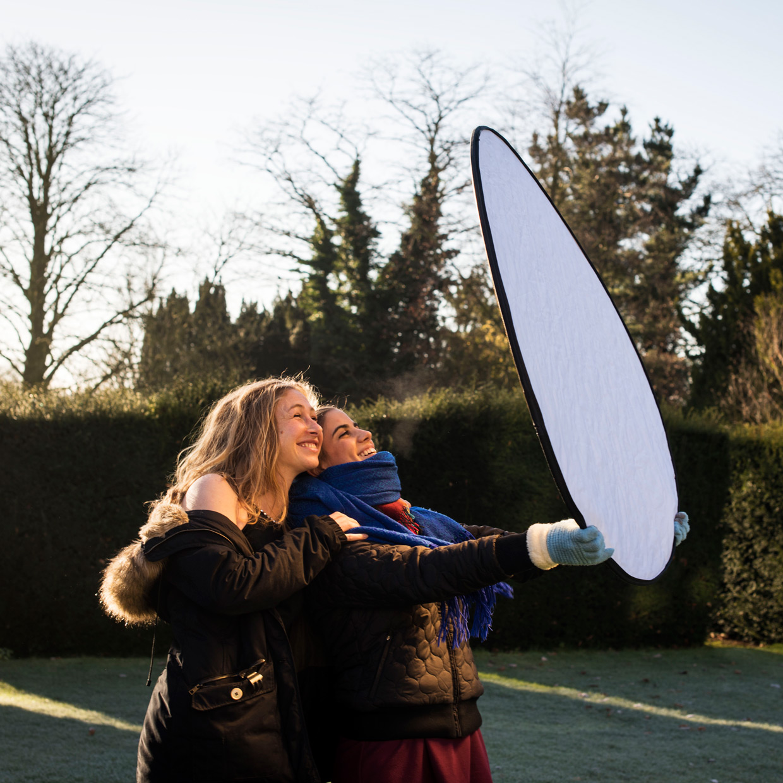 hjorthmedh-reflector-shoot-suntan