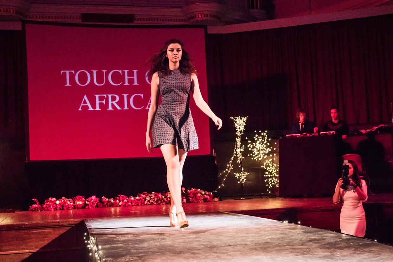 hjorthmedh-cambridge-university-fashion-show-10
