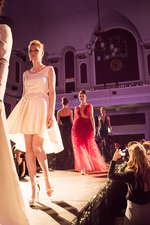 hjorthmedh-cambridge-university-fashion-show-35