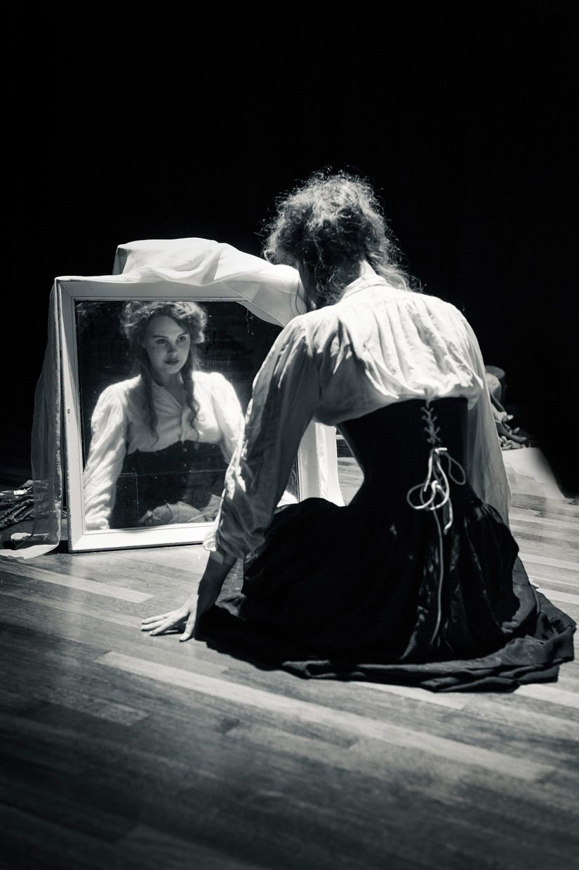 hjorthmedh-playhouse-creatures-rehearsal-8