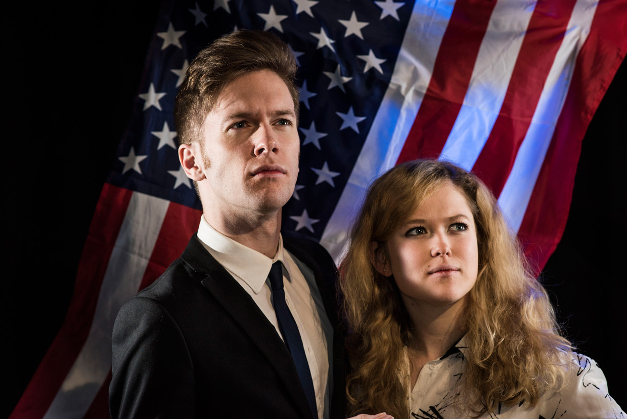 hjorthmedh-taming-of-the-shrew-the-perfect-american-couple-TM