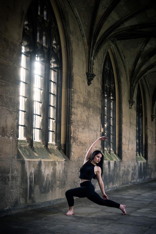 hjorthmedh-concrete-ballet-tania-windows