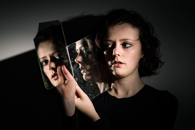 hjorthmedh-mirror-mirror-megan-dalton-4