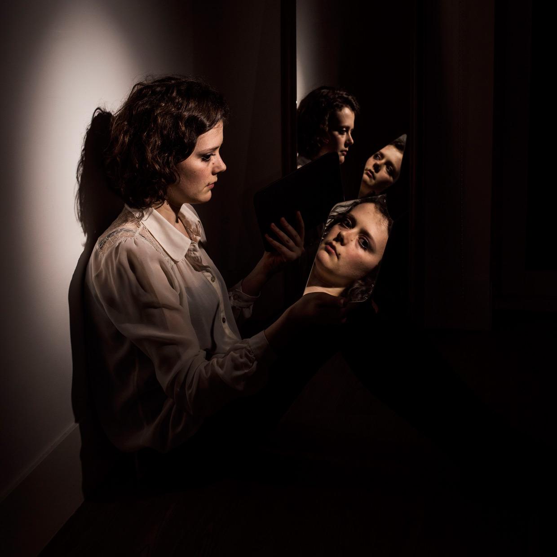 hjorthmedh-mirror-mirror-megan-dalton-7