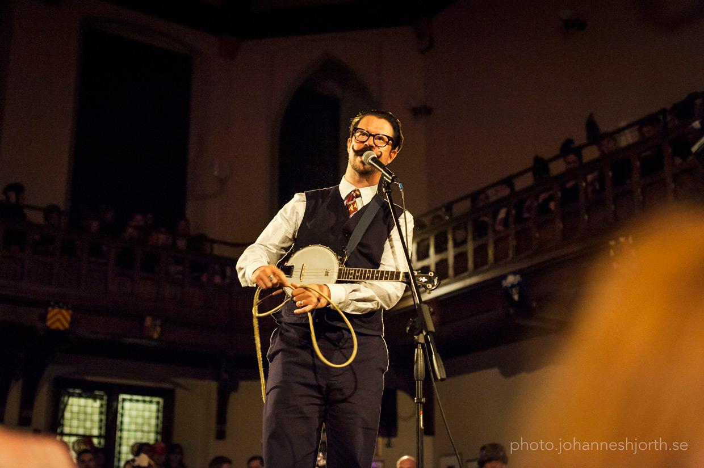 Mr B performing