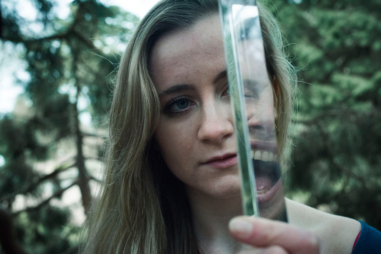 hjorthmedh-poetry-in-botanic-garden-alicia-rebekah-prism