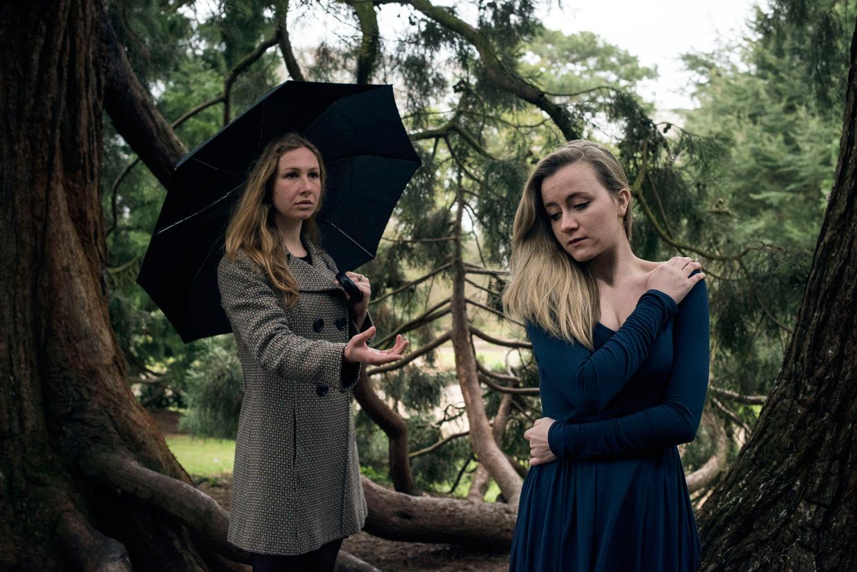hjorthmedh-poetry-in-botanic-garden-alicia-rebekah