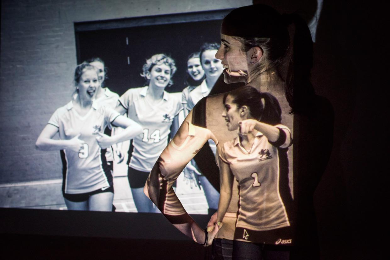 hjorthmedh-projecting-photos-6-volleyball