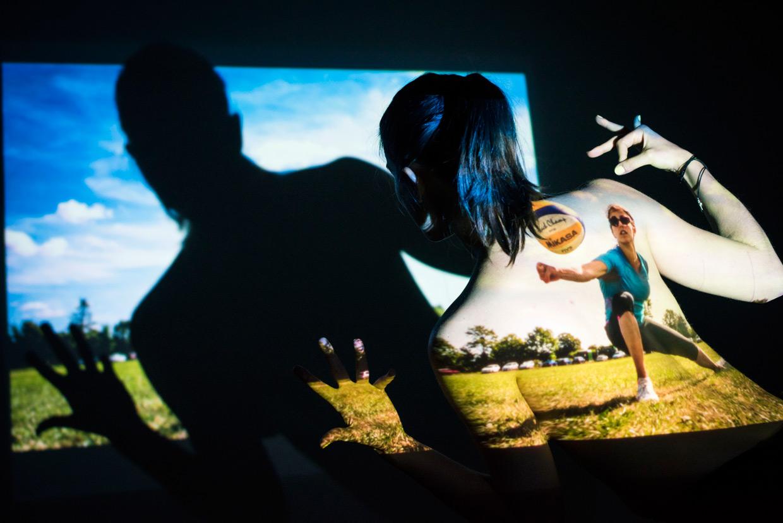 hjorthmedh-projecting-photos-7-beach-volleyball