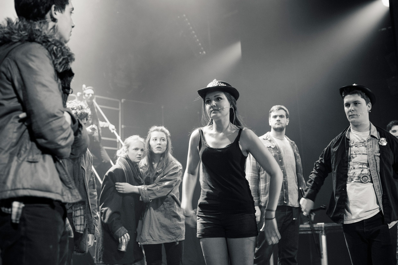 hjorthmedh-rent-dress-rehearsal-17