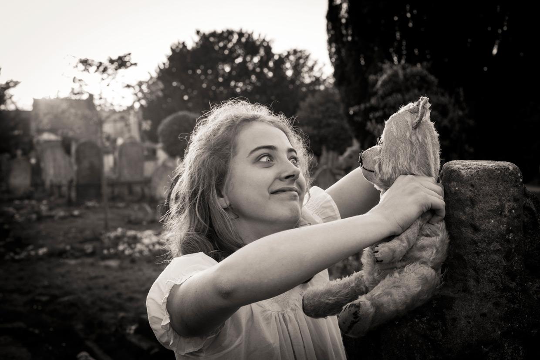 hjorthmed-the-turn-of-the-screw-cemetery-helena-projection-teddy-bear-2