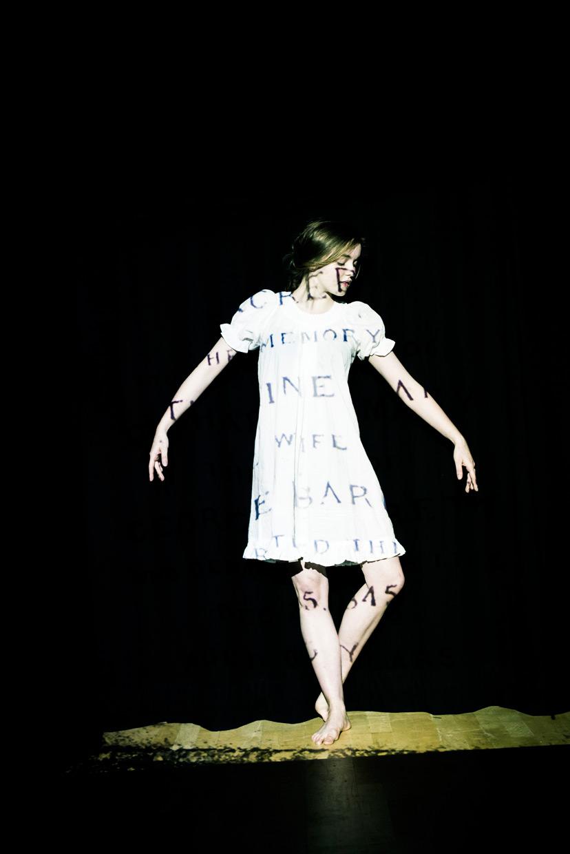 hjorthmed-the-turn-of-the-screw-cemetery-isobel-dance
