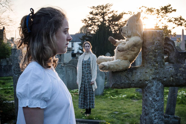 hjorthmed-the-turn-of-the-screw-cemetery-teddy-bear