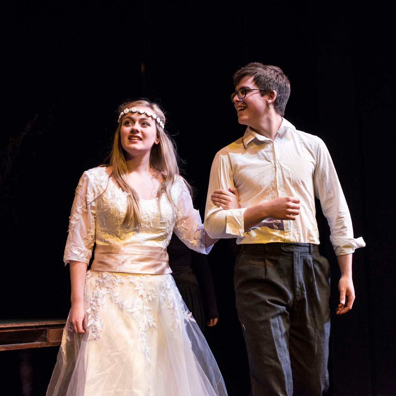hjorthmedh-blood-wedding-dress-rehearsal-16