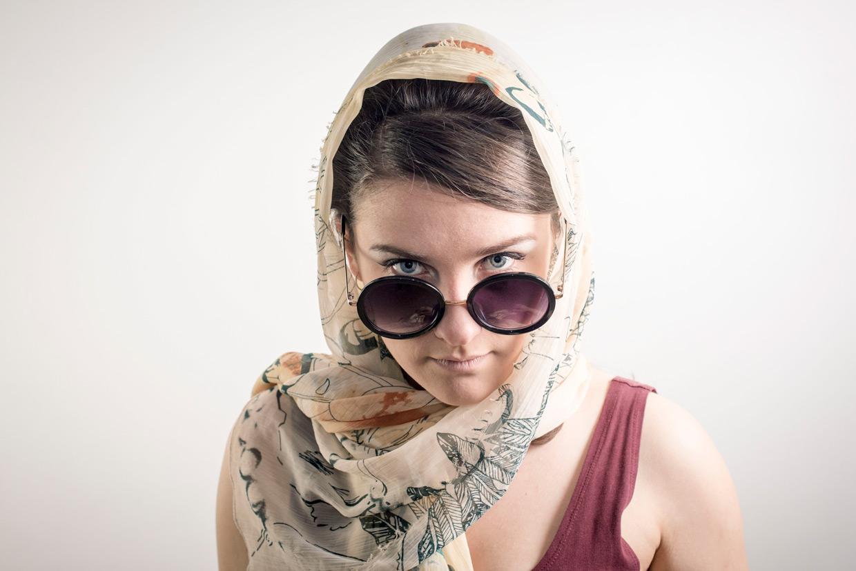 hjorthmedh-comedy-of-errors-bea-glasses