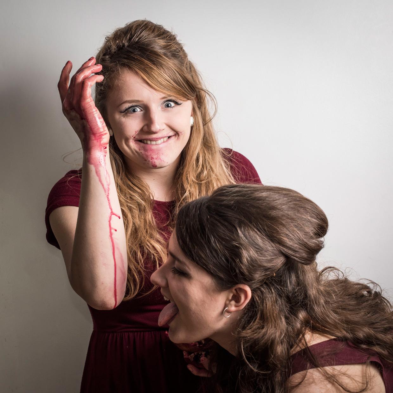 hjorthmedh-comedy-of-errors-bea-rosanna-pomegranate-3